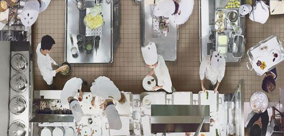 طراحی و دسترسی در آشپزخانه صنعتی