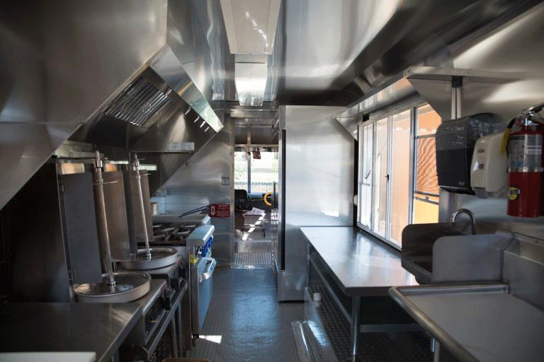 راه اندازی رستوران سیار توسط شرکت مرسا تجهیز
