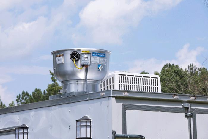 طراحی و نصب اگزاست فن سقفی رستوران سیار