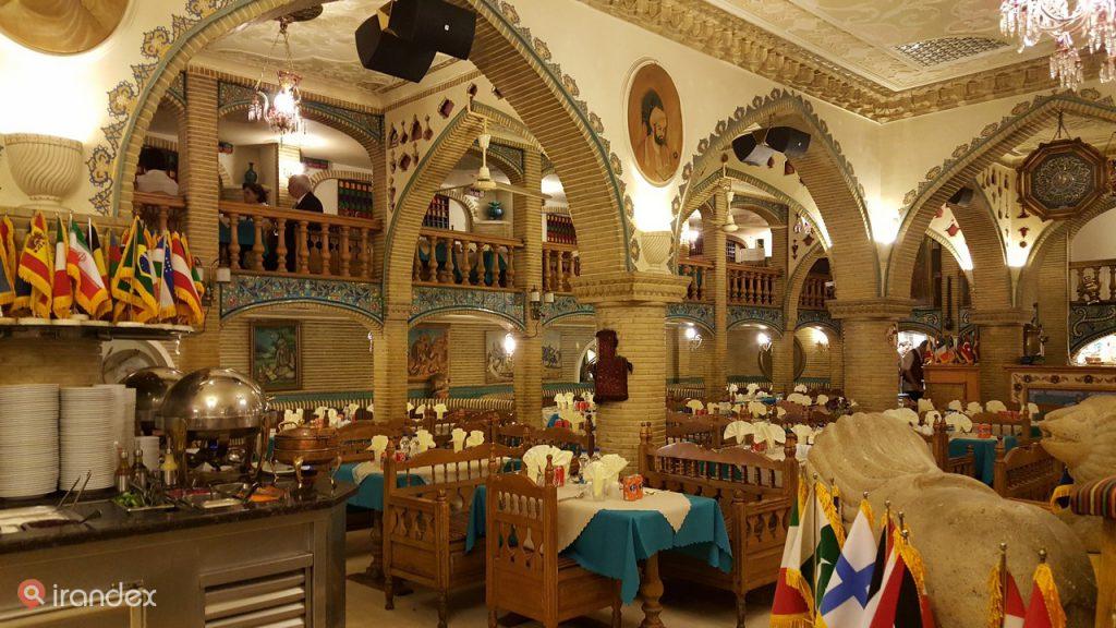 رستوران عالی قاپو گاندی