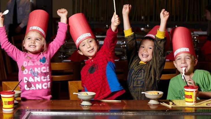 روشهای سرگرم کردن کودکان در رستوران و فستفود